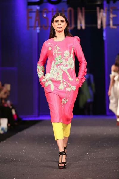 New Collection Pakistani Sana Safinaz Chateau Marmont for PSFW 2017