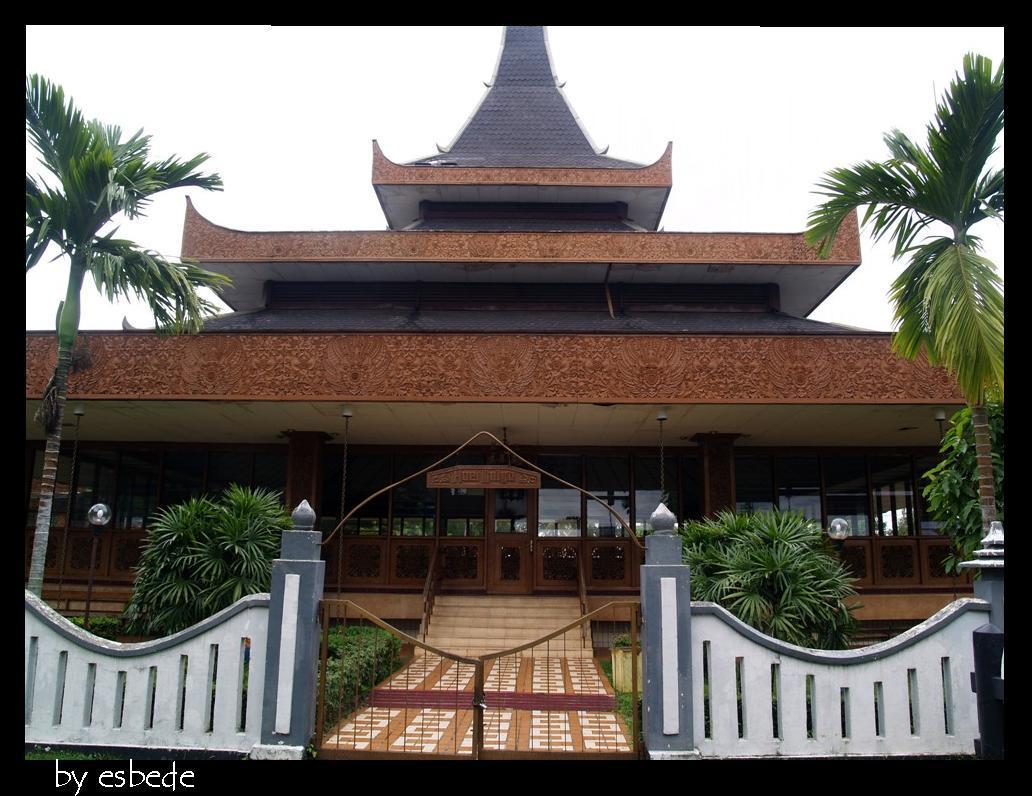 Kebudayaan Daerah Jawa Timur Rumah Adat Beserta Penjelasannya