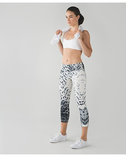 lululemon-pretty-plume wunder-under-crop