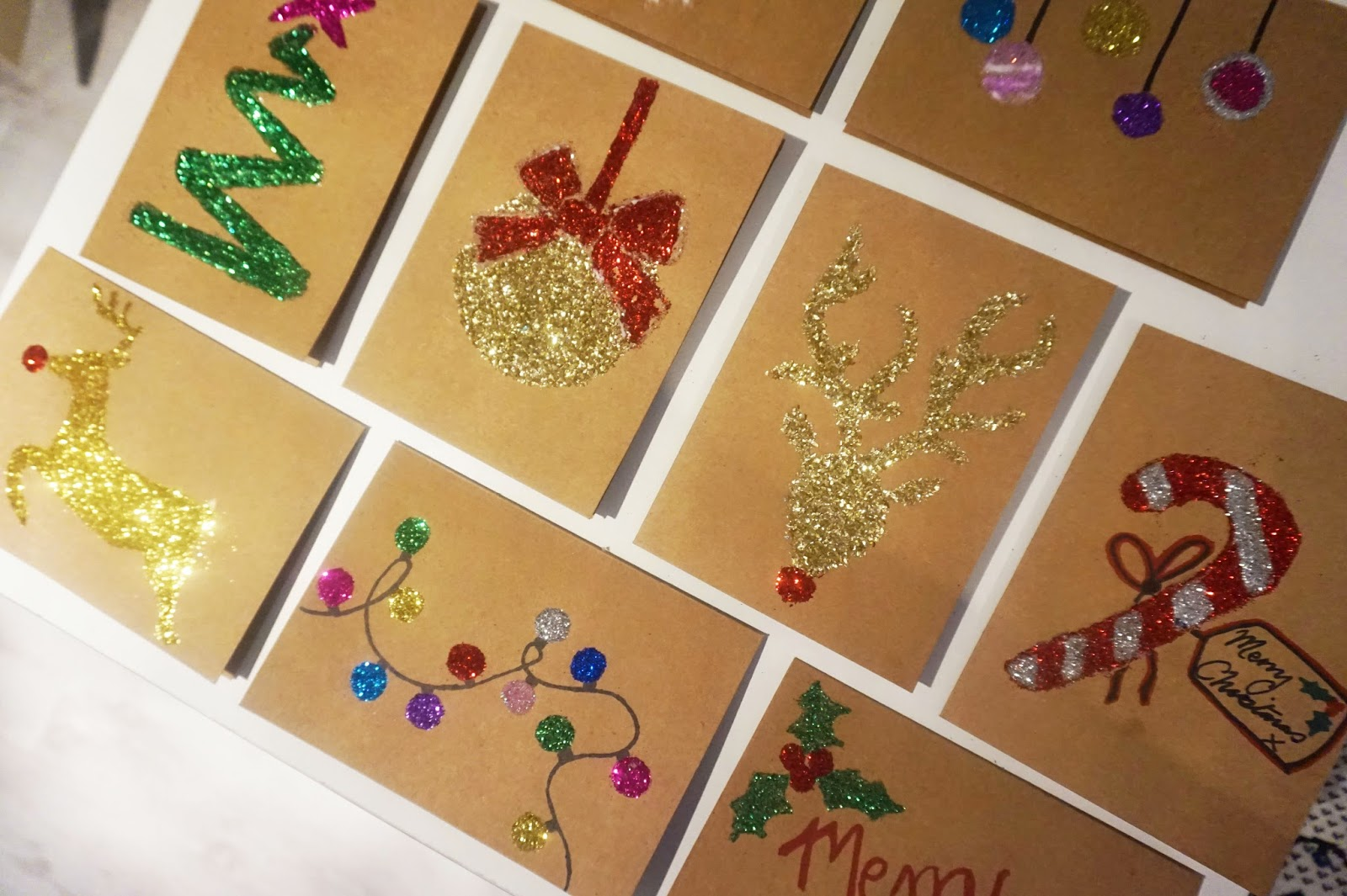Last minute DIY Christmas cards | The Girl with the Big Hair