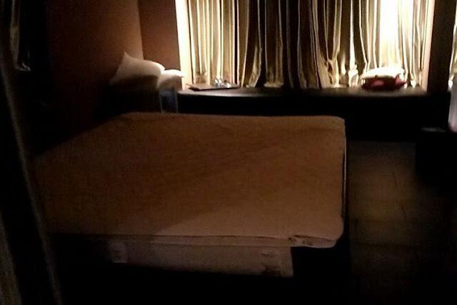 Kamar tidur di Spa Room lantai 7 Hotel Alexis