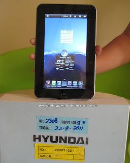 Hyundai Mpad MP-RC701 8