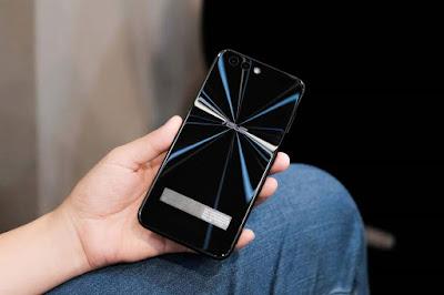 Ấn tượng khi được cầm trên tay ZenFone 4 cao cấp - 203337