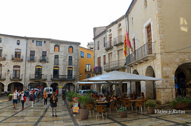 Plaza Mayor de Besalú, Gerona