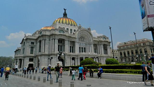 Fachada do Palácio Nacional de Bellas Artes - Cidade do México