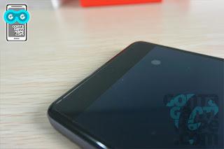 OnePlus X - Tombol kapasitif tanpa lampu latar