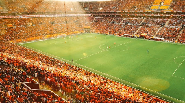 Galatasaray'ın 50 bin kişilik savunması!