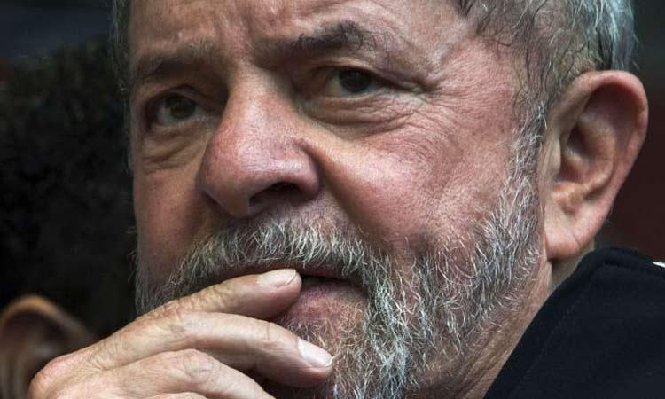 Lula é denunciado por lavagem de dinheiro na Operação Lava Jato