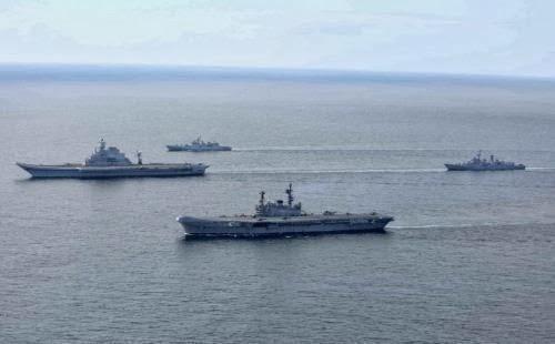 Armada tempur kapal induk India