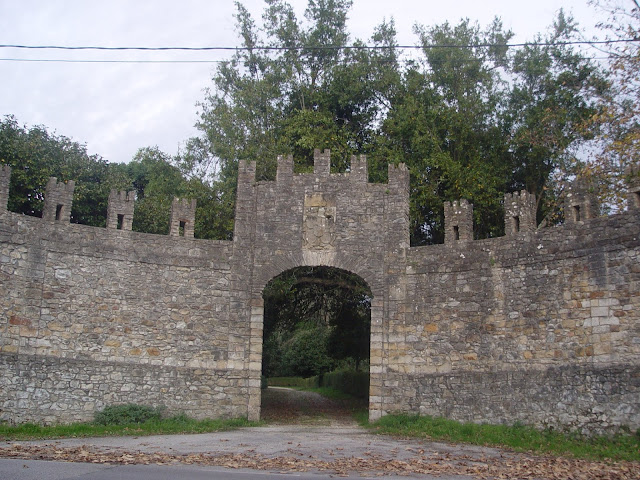 puerta-fortaleza-deva-gijon