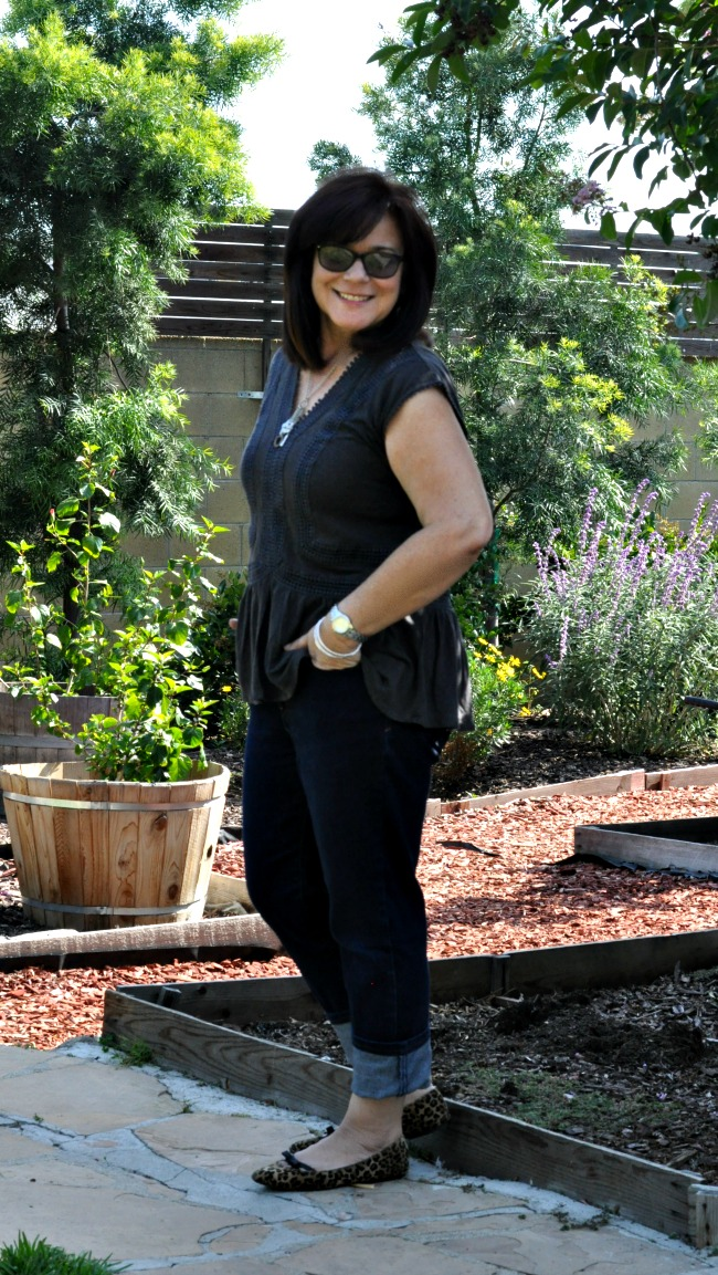 charcoal peplum and blue jeans