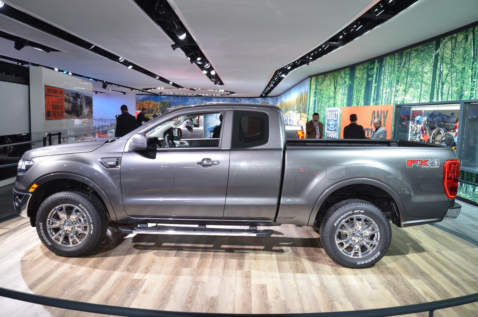 2019 ford ranger wants to become america s default midsize truck car news. Black Bedroom Furniture Sets. Home Design Ideas
