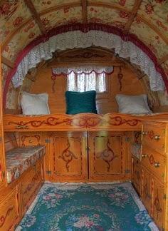 Campy Canadians Gypsy Wagons Vardo Or Caravan