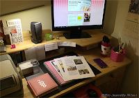 Et ryddig skrivebord og en ferdig artikkel!