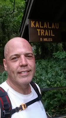 kalalau trail trailhead marker