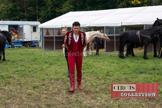 inspection des chevaux avant leurs entrée en piste par Maycol Errani