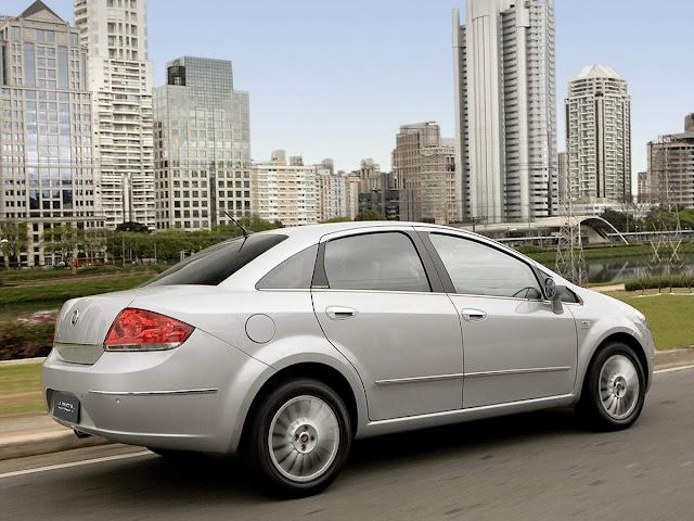 Fiat Linea 2009 a 2012 - interior