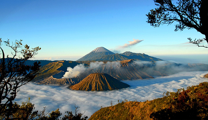 Bromo Mountain natural attractions