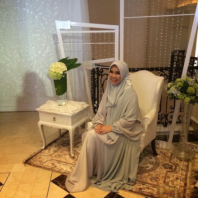 Irna Mutiara hijab syari