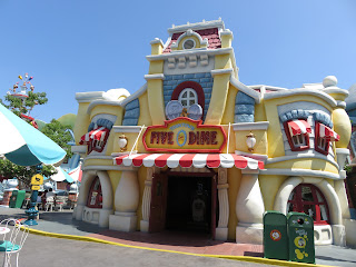 Five and Dime Mickey's Toontown Disneyland