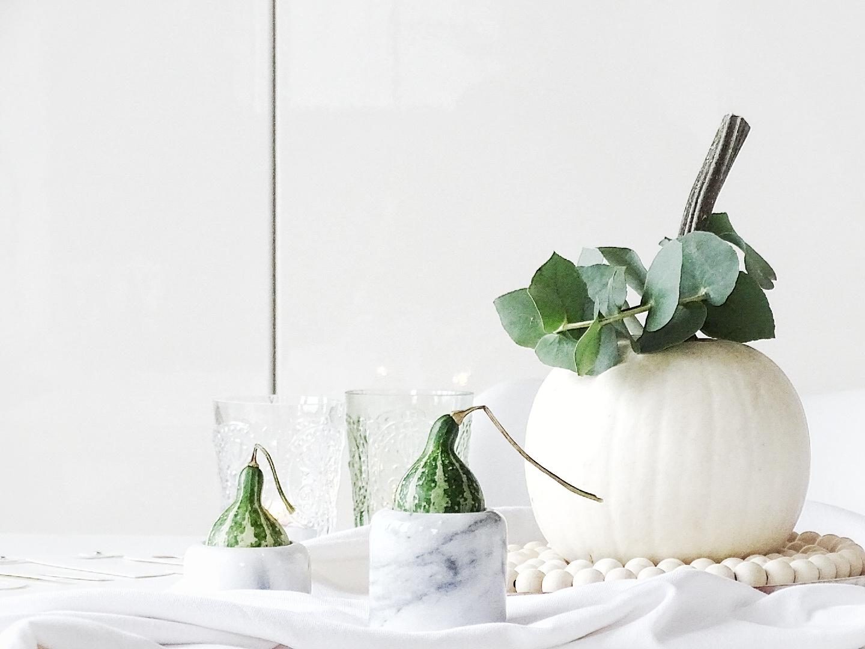 Natürliche Herbst-Deko in Grün und Weiß - 7 DIY-Nachmach-Ideen, Deko-Inspirationen und Rezepte für den Oktober - www.mammilade.blogspot.de