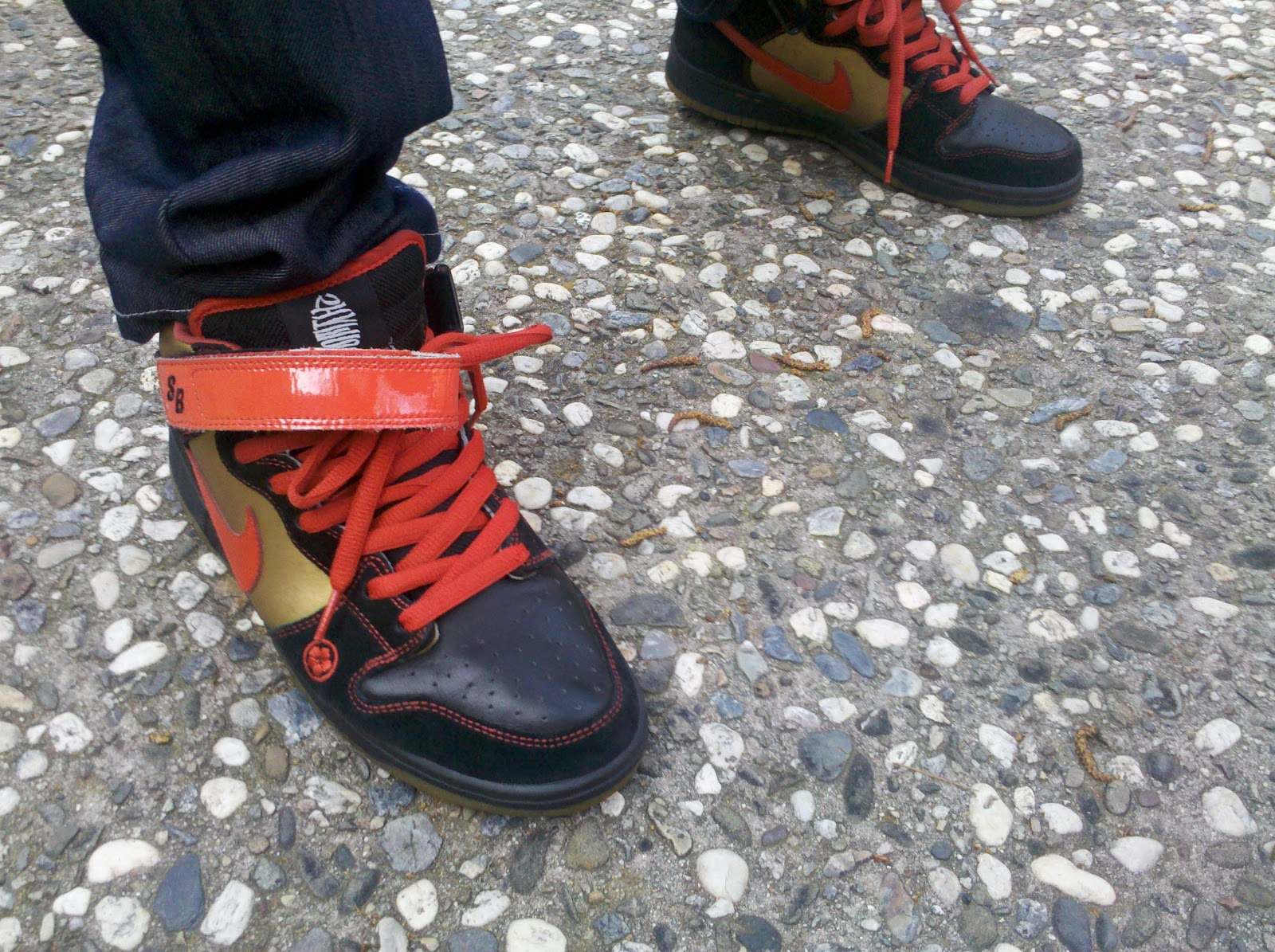 b61fad82d5e KickItFresh Sneaker Photo Blog  SNEAKER REVIEW - DUNK MID SB