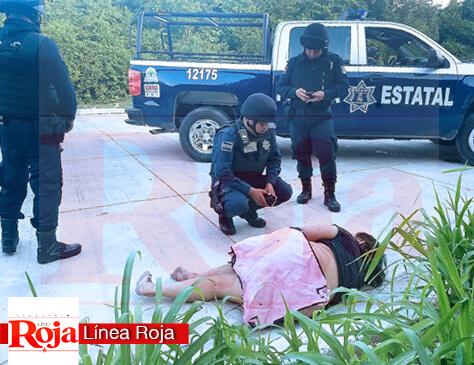 Taxista golpea, atropella y deja tirada a una mujer por resistirse a ser violada. La Policía Estatal la auxilió en una calle solitaria ubicada atrás de las oficinas de Aguakan