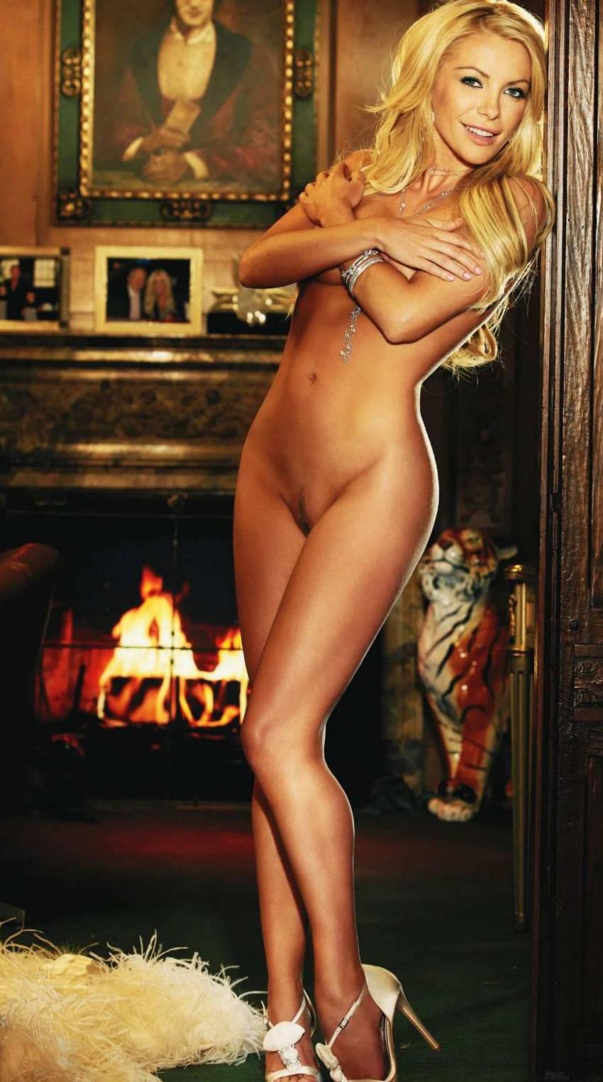 Nude pics of crystal harris