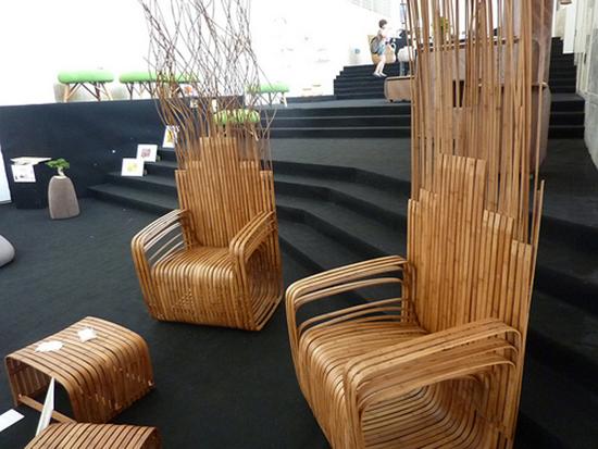 set bangku bambu yang nyaman