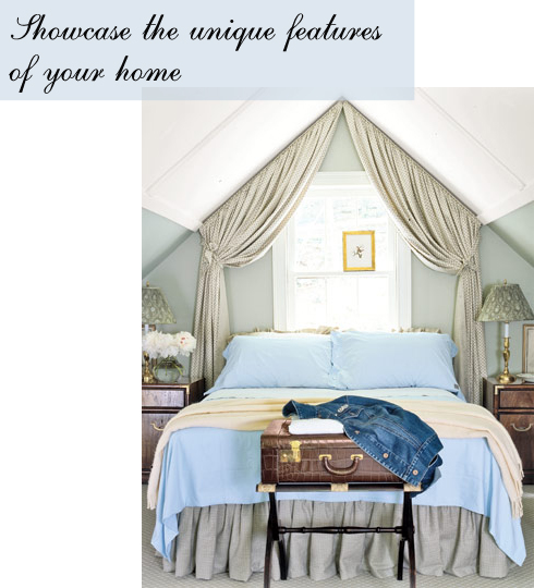 LaurieAnna's Vintage Home: Dressing Up With Drapes