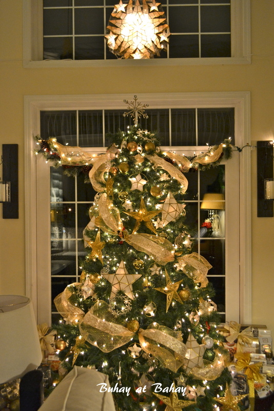 Life Amp Home At 2102 A Golden Christmas Tree 2012