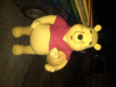 Patung styrofoam Karakter Winnie the pooh, Pembuat patung styrofoam