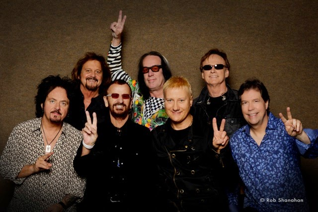 e61b5f30af2f1 Rozpoczęła się trasa koncertowa Ringo & All Starr Band (2015).