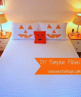 DIY,  pumpkin, pillow case, treat bag, goodie bag, trick-or-treat, Halloween