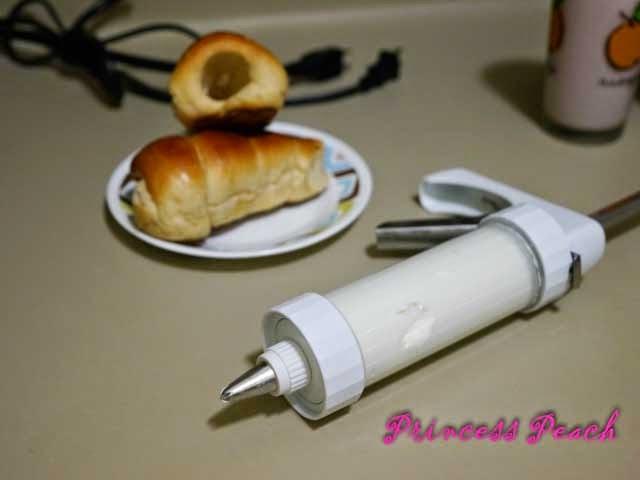 鮮奶油螺旋麵包步驟