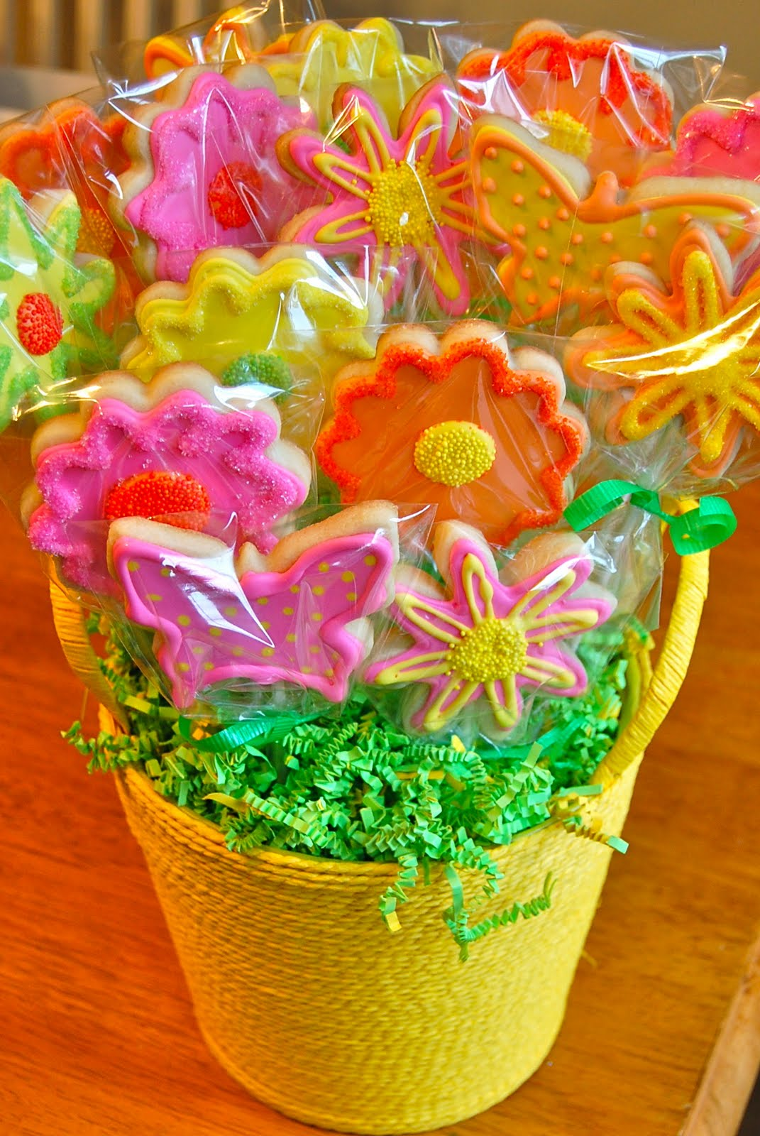 Chef Mommy: Flower And Butterfly Cookie Bouquet