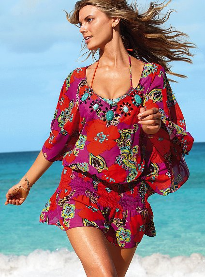 d254c27f8188c Here are some gorgeous coverups that look wonderful to wear for the summer.