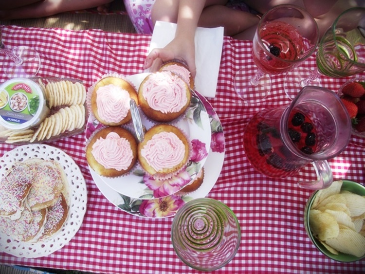 We whipped up this impromptu garden party one summer in half an hour on a sunny day