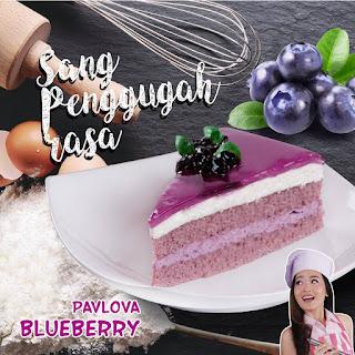 pavlova-blueberry
