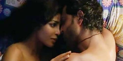 Hrithik And Priyanka Hot Scenes Wallpapers In Agneepath -8495