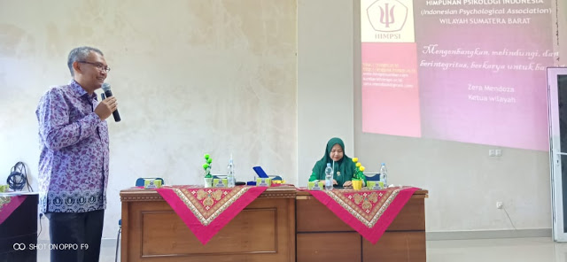 Diskusi Ilmiah dengan Praktisi Psikologi Zera Mendoza