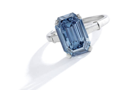 276541983 Beautiful Blue Diamond Sell for $6+ Million Dollars | BlueisKewl