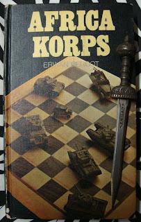 Portada del libro Afrika Korps, de Erwan Bergot