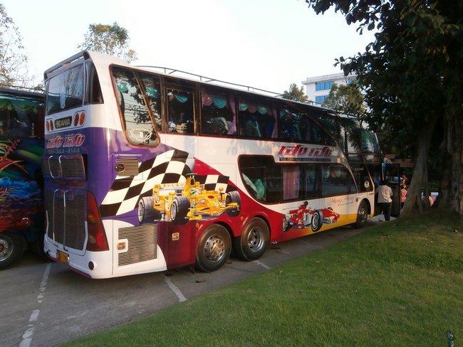 Формула один на автобусе
