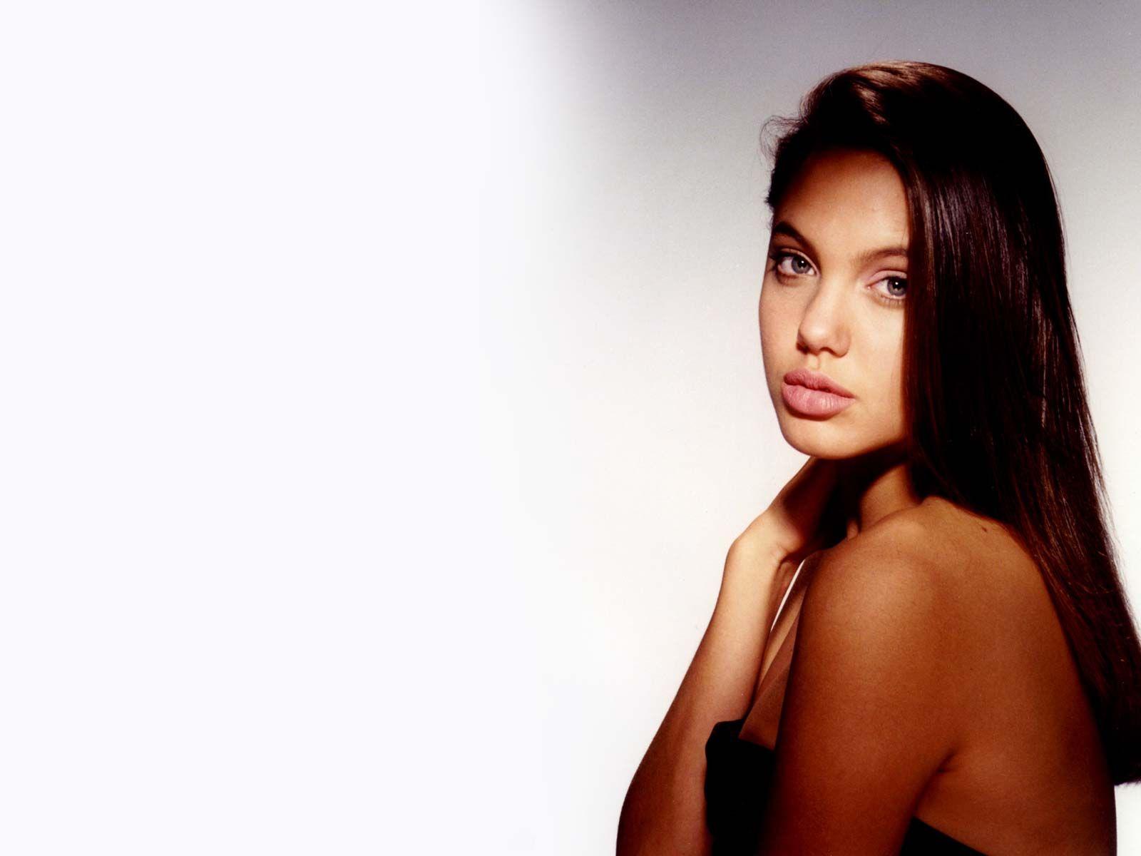 Claudia galanti nude pics
