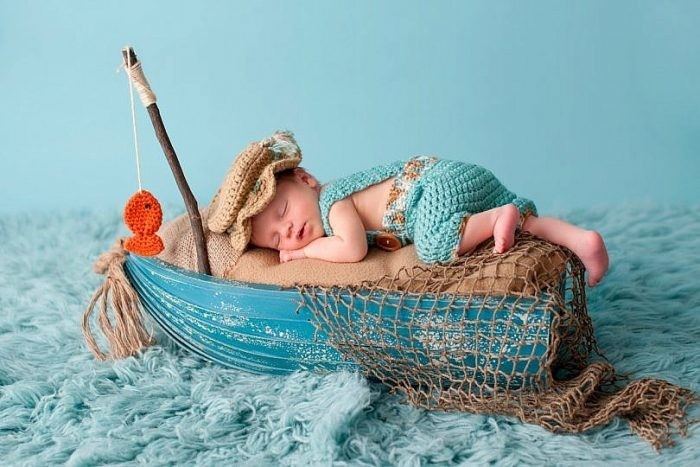 15 Adorable Baby Photos To Brighten Up Your Day