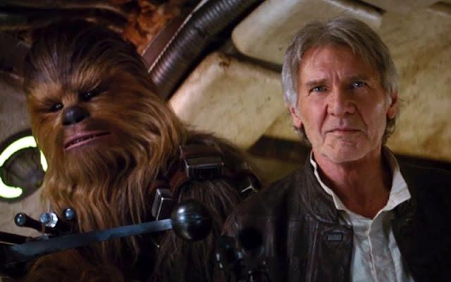 Chewbacca et Han Solo (Harrison Ford) dans Star Wars 7, de JJ Abrahams (2015)
