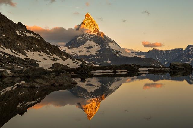 Puncak Matterhorn, Swiss