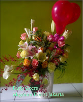 Balloon Rose Flower Arrangement Happy Birthday