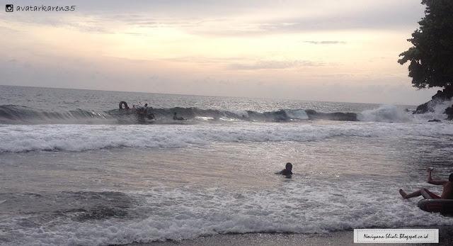 Pantai Jambula Ternate